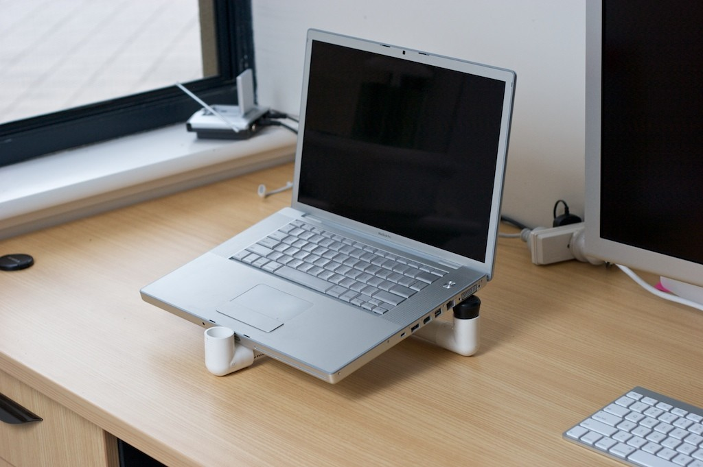 MBP on DYI Stand